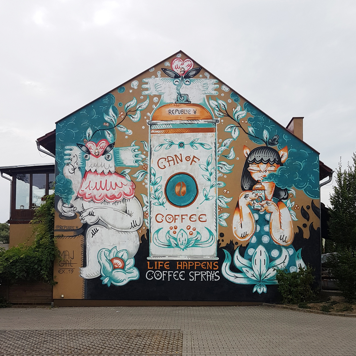 Dawid Majgat Can of coffee street art